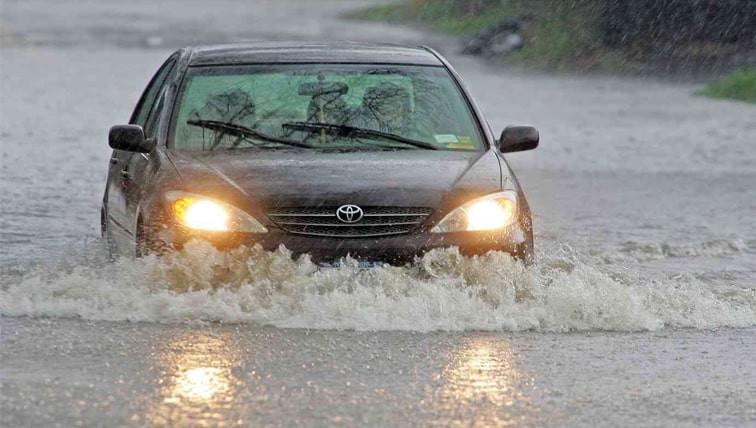 seguro-carro-cobre-enchente-e-alagamento