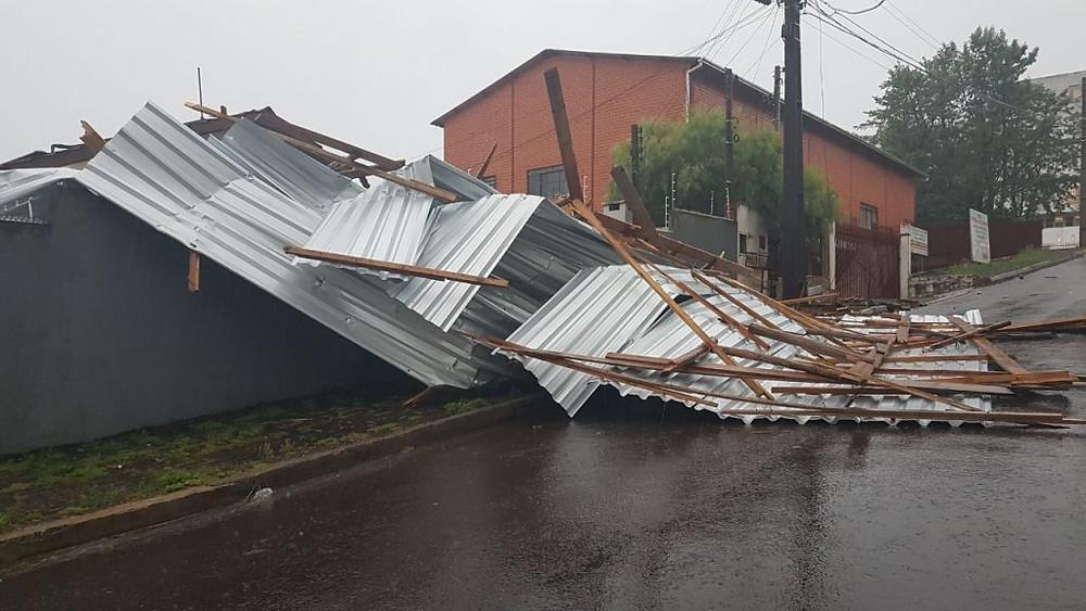 Seguro residencial possui cobertura para desastres naturais