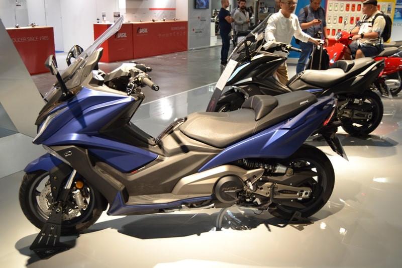 kymco-ak-550