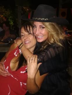 Jenni & Rachelle