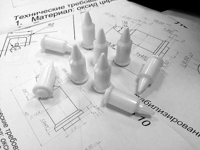 Техническая керамика   Нанокерамика г. Томск   Штифты (диоксид циркония)