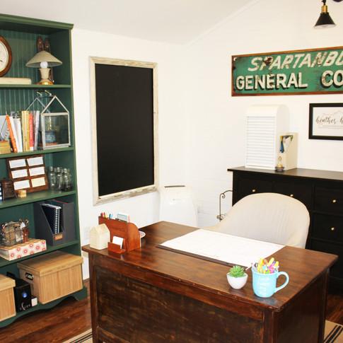 heatherhomes-she-shed-office-27.JPG