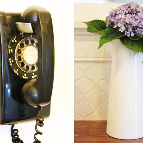 phone&flowers.jpg