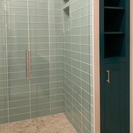 Green Bath 13