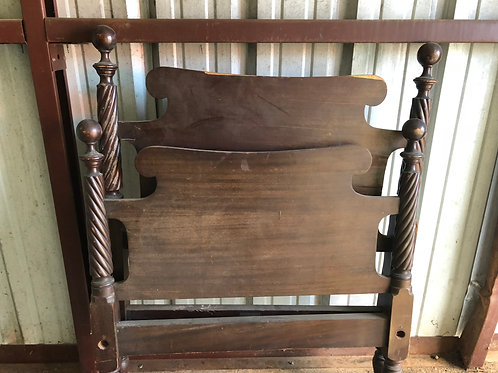 Vintage Twin Bed Set