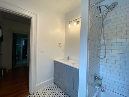 heatherhomes.bathroom9.jpeg