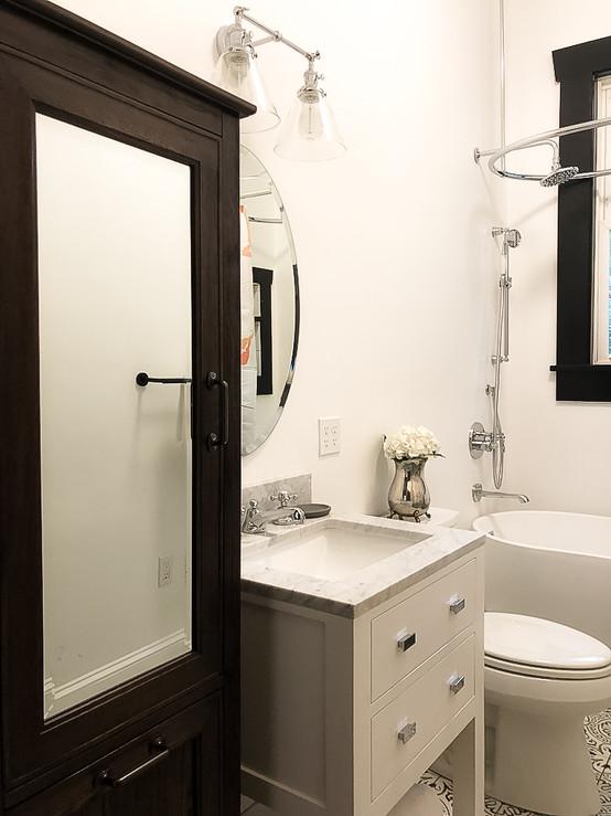VG Bathroom 3