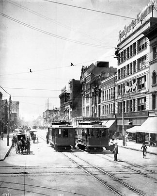 Broadway_and_5th_ca1908.jpg