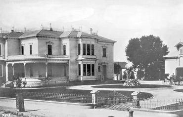 Van Nuys residence at Seventh Street an