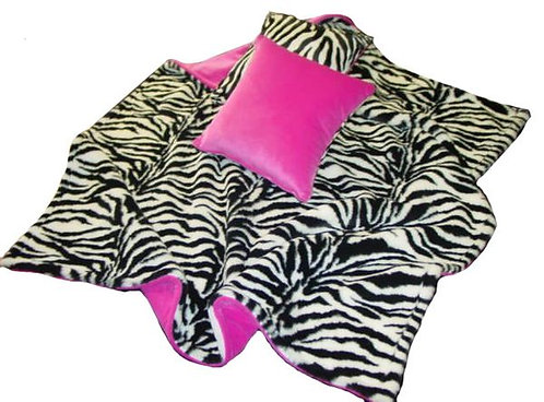 Funky Throw & Pillows Set