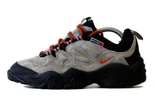 Nike 'ACG Walking Shoes' UK 5.5 2000