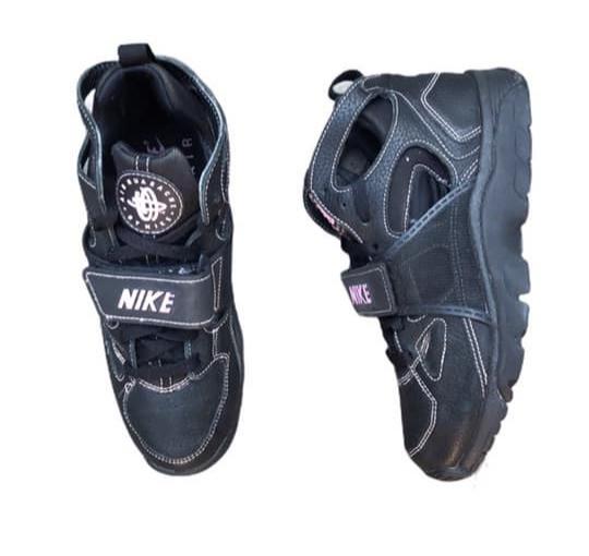 Nike Air Trainer Huarahce