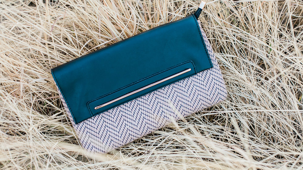 The Vintage Clutch