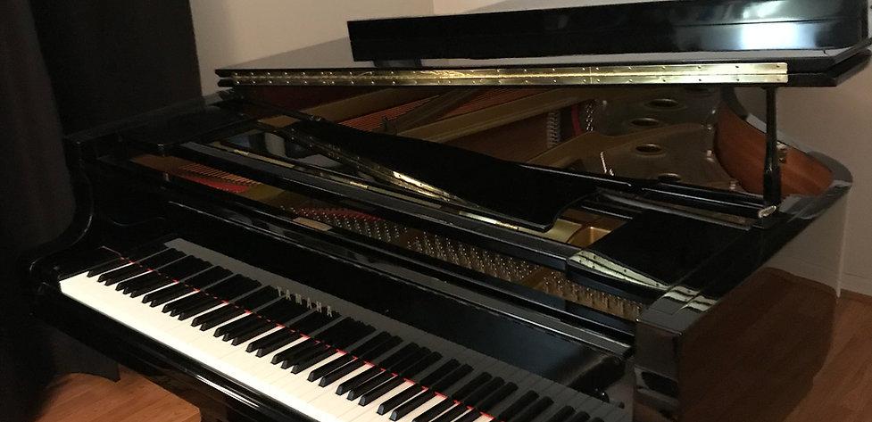Studio Grand Piano.jpg