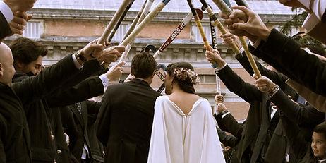 Tocado de plumas novia