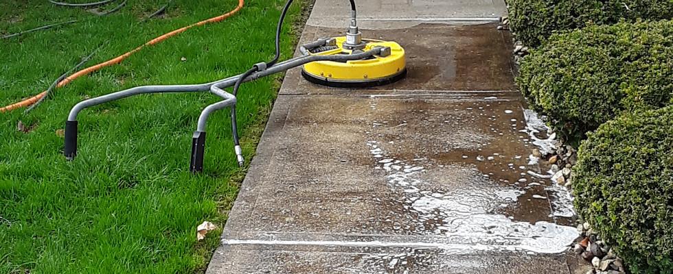 Power Washing Concrete and Brick
