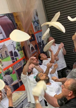 Professional making Pizza Chef Classes London