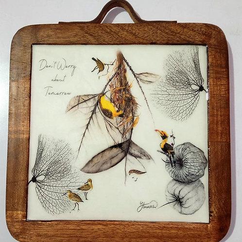 TWC Mango Wood Trivet with Decorative Enamel of Birds