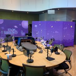 Idol Radio Walls
