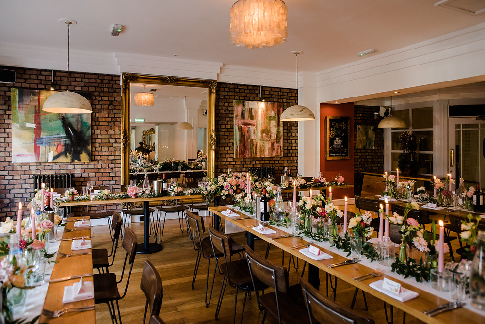 Glocuestershire wedding photographer at The Square Club Bristol for a laid back wedding full of candles and flowers