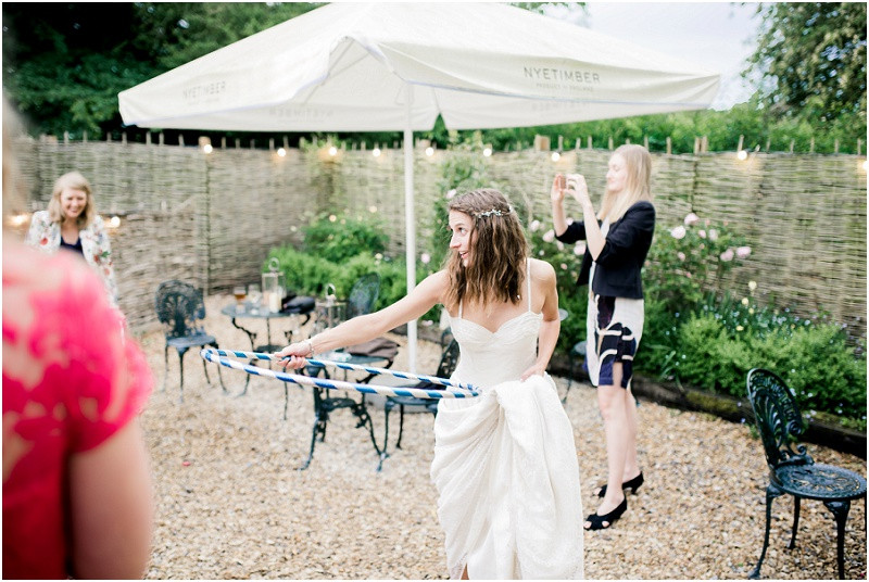 Laid back Cotswolds wedding and The Perch Inn Oxford