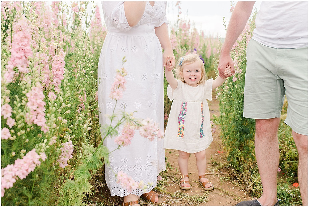 A confetti fields photoshoot with award winning Cotswolds family photographer
