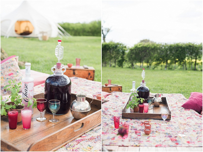 Eco friendly wedding yurt picnic and cocktails Cotswolds