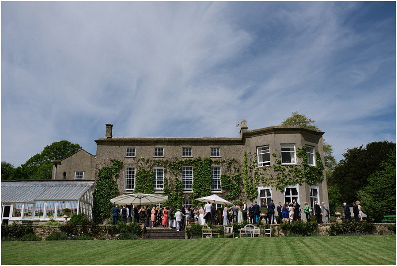 An elegant summer wedding at Pennard house in Somerset