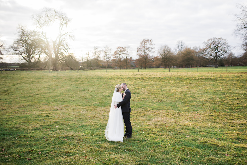 Cotswolds wedding photographer on how to make the most of your winter wedding