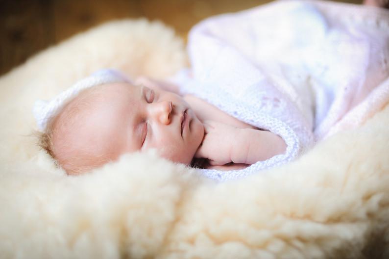 Seren Natural Newborn Baby Shoot