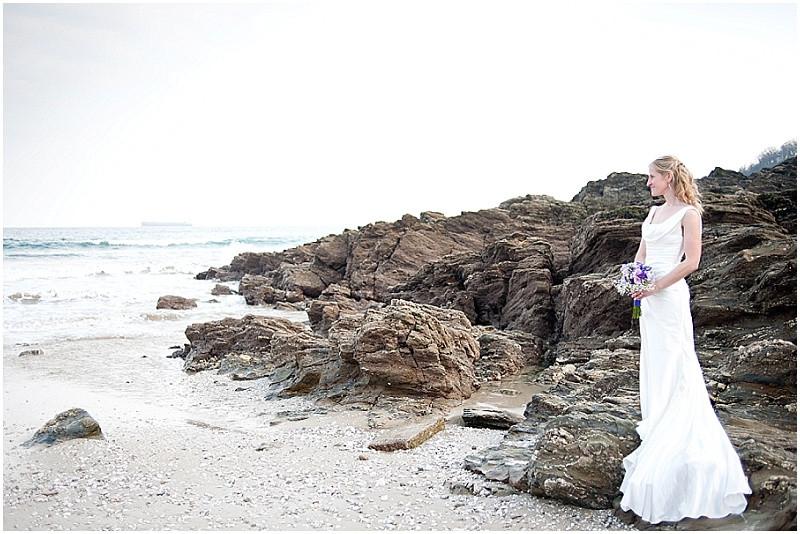 relaxed boho beach wedding Cornwall