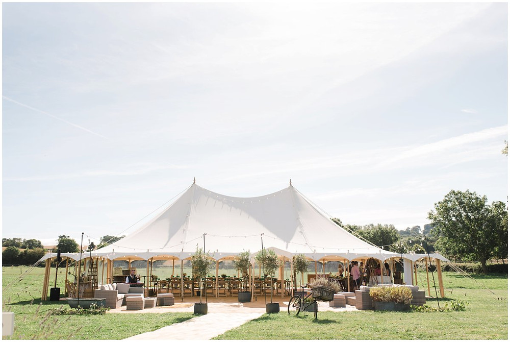 Whether you're looking for country house luxury or DIY with dry hire, a rustic barn or an elegant marquee, find your dream Cotswolds wedding venues here