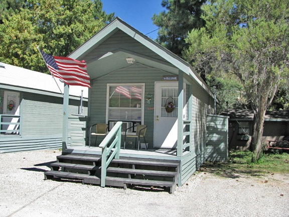 One Bedroom Cottage | Ruidoso Cabin Rentals | Cottage Central ...