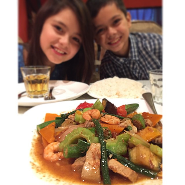 Instagram - With the #Henry's 😍 #SizzlingFillo #Pinakbet #AuthenticFiloDish