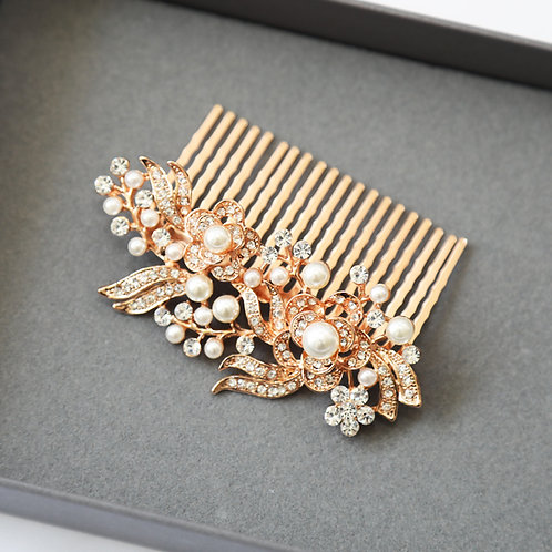 Gold and pearl hair comb