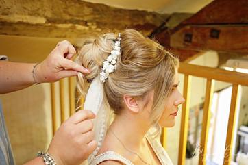 bride hair veil