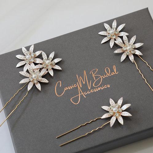 gold flower hair pins