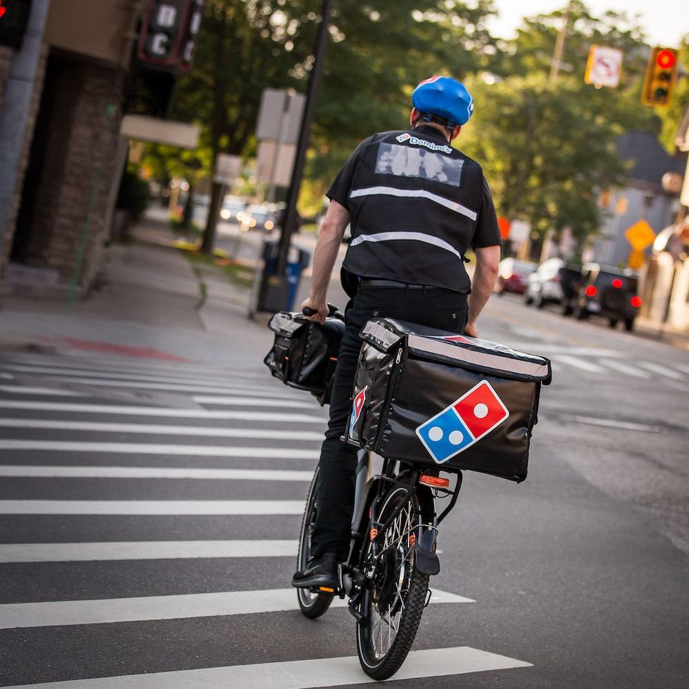 You Can Now Get Your Pizza From an E-Biker | E-Lux Electric Bikes
