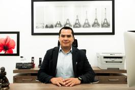 Dr Gustavo Álvarez.jpg