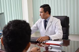 Dr Ignacio León.JPG