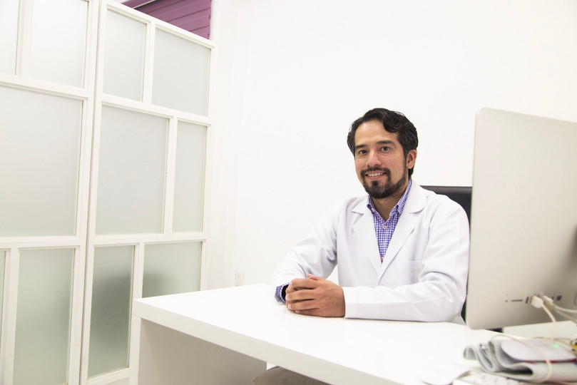 Dr Luis Enrique Gordillo.jpg