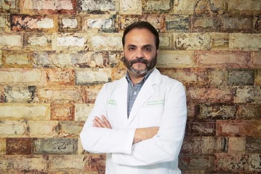 Dr Pedro Alfredo Zarate.jpg