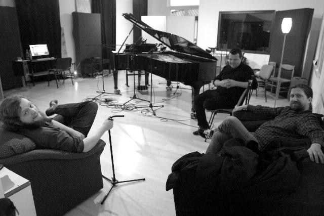 Oli Poppe Trio - D Room 1