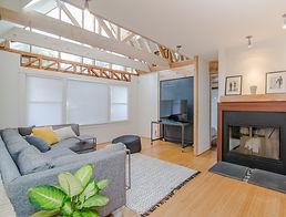 Real estate (moden living room).jpg