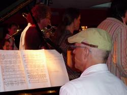 Jürg am Klavier Jazzbaragge