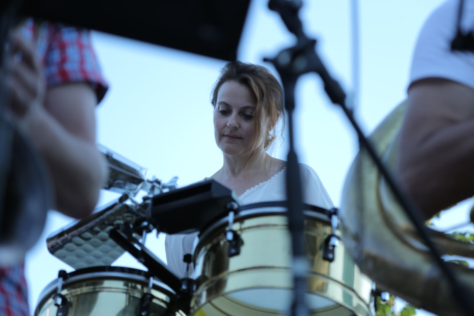 Sandra on timbales
