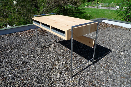 Kindertisch - Tisch in Arve - höhenverstellbar