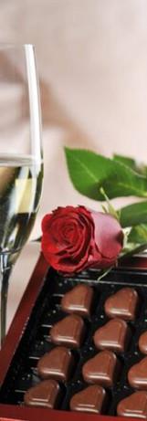 Champagne & Pralinés are always a good idea!