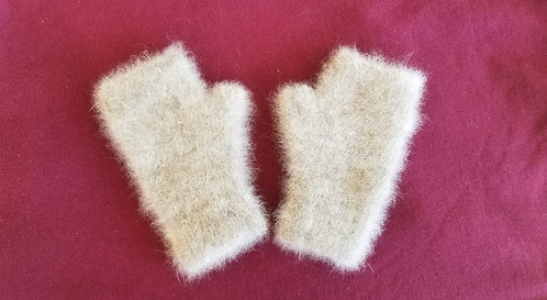 Chiengora fingerless gloves