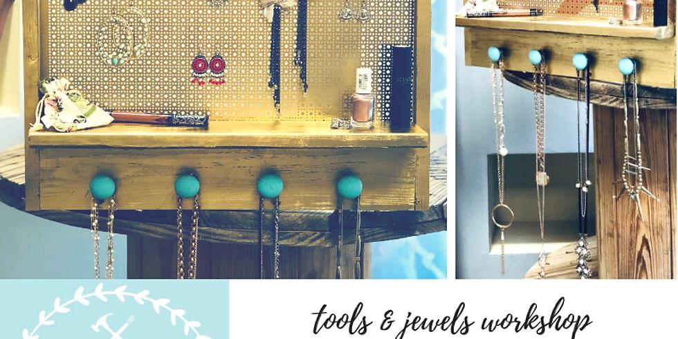 1/25 Tools & Jewels Workshop